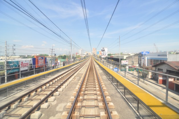 Commuters Welcome LRT Cavite Extension